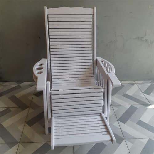 Kursi Malas Duco Putih